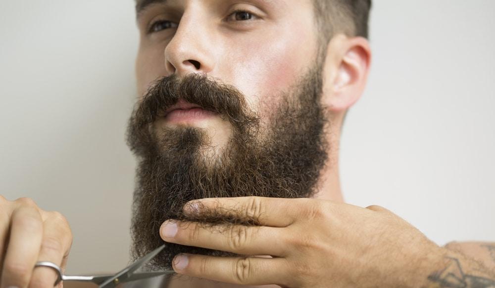 Tailler la barbe